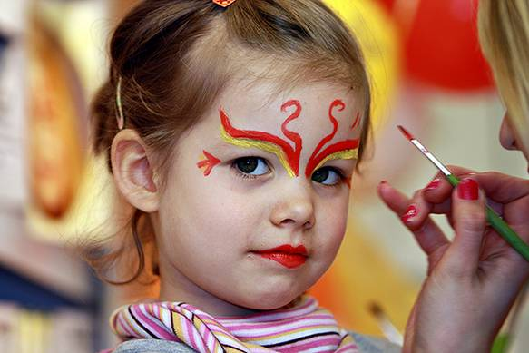 Face painting, 2008 (08/6513)